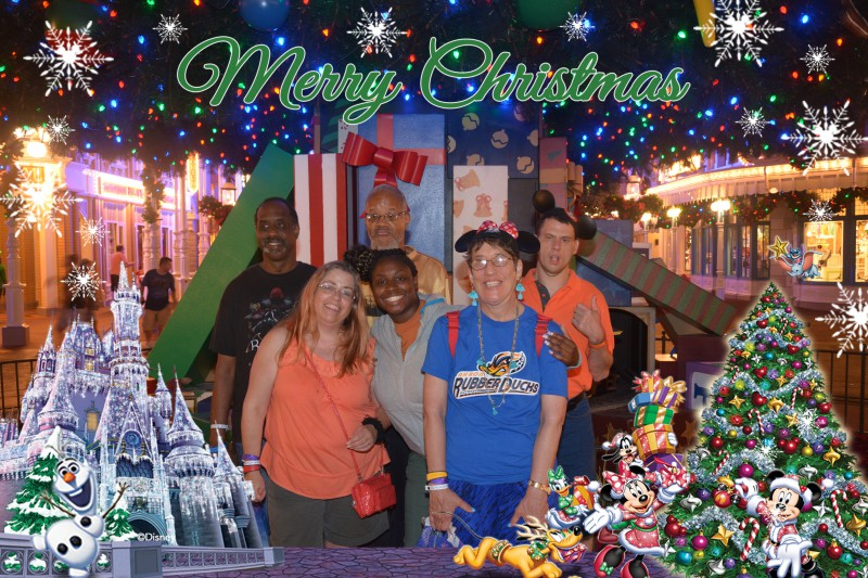 PhotoPass_Visiting_Mickeys_Very_Merry_Christmas_Party_7525418658